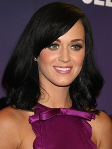 Perruque longue katy perry de de style bob